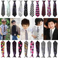 Wholesale cute girl star - 2017 Girls Boys Elastic Tie Styles Cute Chirldren Wedding Party Necktie Fashion Suit Baby Printed Colorful Neckwear