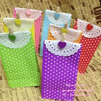 Wholesale Paper Treat Bag - Wholesale- 5 sets lot, Stand up Colorful Polka Dots Paper Favor Bags with Paper Doilies and Clamps, Gift Packing Bags, Treat Bags #1-25