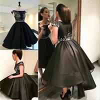 маленькие атласные черные халаты оптовых-Короткие высокие низкие коктейльные платья 2016 robe de cocktail Little Black Dress короткие передние длинные назад атласные Пром Dressess пользовательские