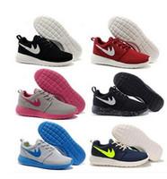 entrega gratuita de zapatillas al por mayor-Entrega gratuita de alta calidad 2017 Run Running Shoes mujeres y hombres negro blanco runings runing shoe athletic outdoor sneakers one size36-45