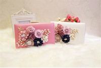 Vintage 3D Flower Evening Clutch Bag Bolsa de casamento nupcial bolsa de bolso rosa branco PU couro Pearl Metal Hard Box Shoulder Chain Bag barato