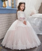 Wholesale Luxurious Pageant Dresses - Luxurious 2017 Arabic Flower Girl Dresses Long Sleeves Lace Ball Gown Child Wedding Dresses Vintage Little Girl Pageant Dresses FG01