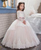 Wholesale Luxurious Communion Dresses - Luxurious 2017 Arabic Flower Girl Dresses Long Sleeves Lace Ball Gown Child Wedding Dresses Vintage Little Girl Pageant Dresses FG01