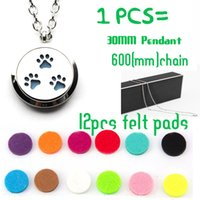 Pendant Necklaces South American Unisex Wholesale magnet dog paw Aromatherapy Essential Oil surgical Stainless Steel Perfume Diffuser Locket Necklace with chain and felt pads