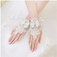 Wholesale Bridal Glove Ivory - Free Shipping In Stock Lace Bridal Gloves With Bow Beaded Fingerless Wrist Length Short Bridal Wedding Gloves