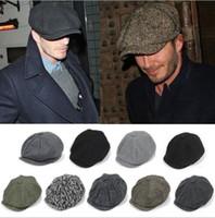 boinas al por mayor-recién llegados Adulto Sombreros de vendedor de periódicos Sombrero todas las boinas del partido gorro de invierno cálido más 25 colores
