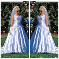 Wholesale Medieval Dresses For Girls - Medieval Vintage Flower Girl Dresses For Weddings A Line Kids Communication Dress Custom Quality Appliques Junior Party Prom Dress
