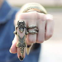 Hip Hop Skeleton Ring Retro Punk Style Personalità Skull Head Joint Ring Video Puntelli Accessori moda all'ingrosso
