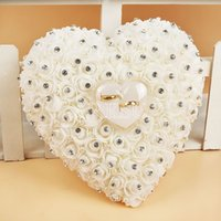 Atacado-Hang Ring Pillow Com Transprent Box Coração Design com Rhinestone e Pérola Decor Wedding Ring Cushion Decoration