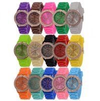 50PCS Colorful Fashion Shadow Geneva 3 yeux Crystal Diamond Jelly Rubber Silicone Watch Unisex Hommes Femmes Quartz Candy Jelly Watches DHL gratuite
