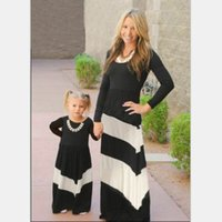 Wholesale Long Dresses Balck - Mother dauther clothing girls womens balck white contrast stripe long dresses European american style family autumn long dress T4562