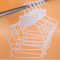 plastik çamaşırlar toptan satış-Kalınlaşmak Plastik Elbise Askısı Bebek Iç Çamaşırı Kurutma Raf Giyim Mağazası Çamaşır Özel Kaymaz Takım Askıları Pratik
