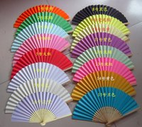 Bricolage Luxe Fold Papier Fans Bamboo Ribs Gift Fan For Party Wedding Decoration Favors Cadeaux Bride Hand Fan 16 Couleurs, 100pcs