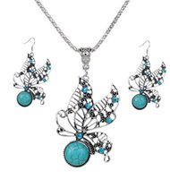 Wholesale Butterfly Acrylic Alloy Rhinestone Necklace - Newest jewelry sets Fashion jewelry With Turquoise Kallaite Hollow Out Butterflies Pattern necklace&earrings jewelry set Free Shipping