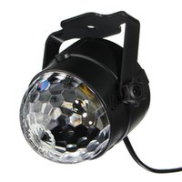 Barato Lâmpadas Giratórias Para Crianças-Crystal Ball Party Light Disco Ball Strobe Lighting Lâmpada rotativa 5W RGBWP LED Ativado DJ Karaoke Stage Lights Kids Birthday Gift