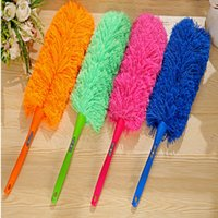 Wholesale Ultra soft Household Car Cleaning Dust Multicolor Duster Anti Static with Long Handle Feather Brush Car Cleaner Can Be Bent Household Clean