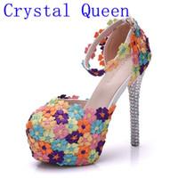 su geçirmez sandalet kadın toptan satış-Kristal Kraliçe Renkli Dantel Çiçekler Kadın Düğün Ayakkabı Gelin Moda Elmas Elbise Ayakkabı Yüksek Topuk Sandalet Su Geçirmez Pompaları