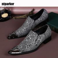 italya elbise ayakkabıları toptan satış-Lüks İtalya Tipi Resmi Iş Elbise Ayakkabı Erkekler Düğün Ayakkabı Erkekler için Moda Deri El Yapımı Ayakkabı Erkekler Zapatos Hombre Üzerinde Kayma, US6-12