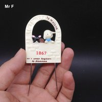 Wire Inside Cute Simulation Little Dog Cat On The Door Modèle Scene Resin Miniatures Bricolage Mind Game Toy Kid Gift