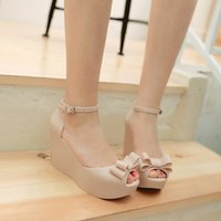 Jelly Shoes Rose Black Apricot Heavy Bottomed Slope Talons Platform Sandals Taille de la chaussure 40 Beauty Fashion 2017 Summer New Korean Style Footwear