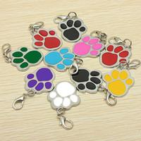etiquetas de nombre al por mayor-8 colores nombre del animal doméstico del perro del gato marca clave del anillo de la tarjeta de identificación llavero cachorro impresión de la pata del sostenedor dominante al por mayor etiqueta de perro