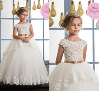 Wholesale Short Dress Knot - Lovely Hot 2017 Flower Girl Dresses With Cap Sleeve Lace Appliques Floor Length Fist Cummunion Dresses Wedding Party Dresses With Bow Knot