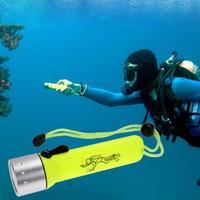 Wholesale Underwater Flash Lights - Underwater Diving Flashlight LED Lanterna 2000 Lumens Q5 LED Waterproof Dive Torch Light Linterna LED for Diver Flash Light Portable Lamp