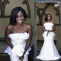 Wholesale girls vintage bridesmaid dresses - African Black Girls Formal Wear Prom Dresses Strapless Ruffles Peplum Mermaid Evening Gowns Vestidos Zipper Back Bridesmaid Dress Long