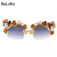 Wholesale Queen Tops - Top Fashion Luxury Retro Vintage Gold Butterfly Golden Rose Queen Baroque Sunglasses Fashion Female Rimless Pearl Sun Glasses