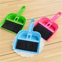 2016 Novo produto Mini Desktop Sweep Cleaning Brush Small Broom Dustpan Set Clean Table Frete Grátis
