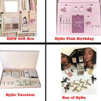 Wholesale Box Set Wholesale - KKW Kylie Vacation Pink Birthday Box of Kylie Edition Bundle Makeup set Gift Box for Eyeshadow, Matte Velvet Lipstick, Highlighter, Powder