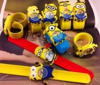 klapsuhren für kinder groihandel-Silikon Slap Boy Mädchen Armbanduhr 2 Despicable Me Kids Yellow Minion Uhr Kinder 3D Cartoon Uhren DHL geben Verschiffen 2015 frei