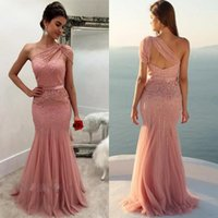 Modest One Schulter Prom Kleider Fashion Design Sequins Beaded Appliques Backless Abendkleider Tüll Lange Meerjungfrau formale Abendkleider