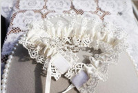 Wholesale Ivory Wedding Bridal Garter - Ivory Bridal Garters Full Of Lace Wedding Leg Garters Bridal Crystal Bridal Accessories In Stock