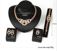 HOT Elegant Luxury Design New Fashion 18k Rose Gold Plated Conjuntos de jóias com diamantes Colar brinco Pulseira Conjuntos de anéis Prendas para mulheres TOP1668
