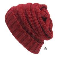 толстый сутулятся шапочку оптовых-Оптовая 5 шт. взрослый мужской толстый кабель сутулиться вязать шапочки шляпы сплошной цвет зима теплая шапка для женщины мужчины Тюбетейка