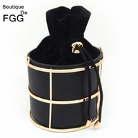 Wholesale Frames Stringing - Wholesale-European and American Brand Women's Fashion Bucket Black PU Metal Frame String Evening Party Handbags Clutch Bag 100cm O Chain
