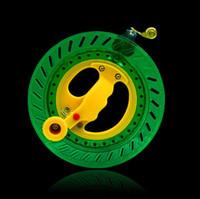 колесная летающая игрушка оптовых-Бесплатная доставка высокого качества 20 см 22 см большой кайт барабан Anti реверс наружных игрушек змей летать колеса weifang завод мешок
