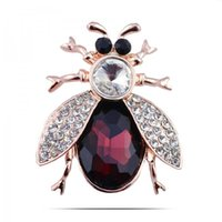 Wholesale Beetle Pin - Wholesale- Terreau Kathy Insects Beetles Corsages Plated Gold Crystal Ladybug Brooches Bouquet Brooch Pins For Women Girls Clip BKJ94