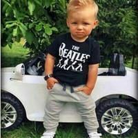 beatles toptan satış-Toptan-Erkek Bebek Kız Giysileri 2 adet Kısa Kollu T-shirt Tops + Pantolon Kıyafet Giyim Seti Takım Beatles Baskılı Bebek 0-24M Için