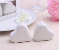 Wholesale heart pepper - Hot sell white ceramics Heart-shaped salt and pepper shaker jar cruet gift packing mini wedding gifts