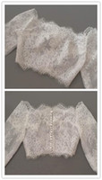Compra Abito Bianco Bolero-Off spalla Alencon Lace Jacket Illusion Mezza manica Covered Button nuziale Shrug Shrug Boleros Wraps Accessori abito da sposa Scialle bianco / avorio