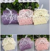 ingrosso scatole dolci della farfalla-50Pcs / 1Set farfalla Hollow out nastro scatola di dolci regalo scatola di imballaggio forniture di nozze all'ingrosso