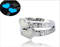 Wholesale china best friend for sale - Group buy best friends glowing ring Valentine s day love heart Luminous Couples ring mixed design