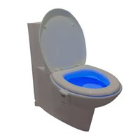 16 Colores LED WC Nightlight Movimiento activado luz Sensitive crepúsculo al amanecer Battery-operated lámpara Toilet colgando luz Bowl dhl libre