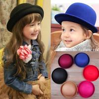 fedora kız toptan satış-Yeni Perakende Küçük kızlar fötr şapka Kubbe kapağı Çocuk elbise şapka Çocuk kapaklar keçe şapkalar yün keçe Bowler şapka