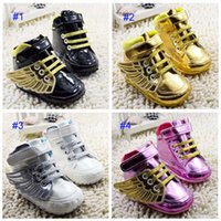 Wholesale Lovely Canvas Shoes - 4 Color Baby Angel wings modeling booties toddler shoes 2017 new children lovely cartoon gold Pure cotton baby First Walker Shoes B001