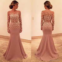 longos vestidos muito formal venda por atacado-Bonito 2017 Sereia Vestidos de Noite Bateau 3D Apliques Mangas Compridas Prom Vestido Até O Chão de Tule Vestidos de Noite Formal