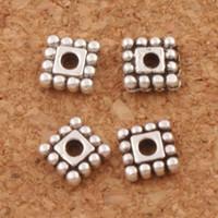 ingrosso quadrato di perline-Dots Rim Square Beads Distanziatori in lega 1600pcs / lot 5x5mm risultati d'argento antichi dei monili L673 Componenti di vendita caldi