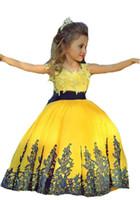 vestido de bola amarilla niño al por mayor-Yellow New Girls Apliques de encaje Vestidos de bola para niños Vestido de abalorios de tul suave para niños Ocasión especial Fiesta de cumpleaños Vestido de fiesta